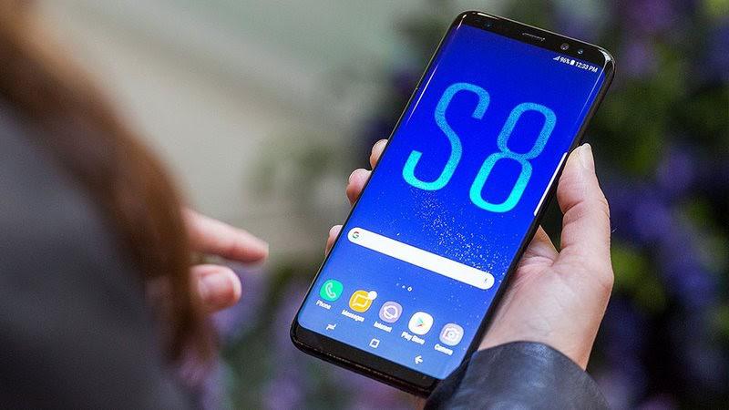 Galaxy S8 Plus có thiết kế màn hình độc đáo