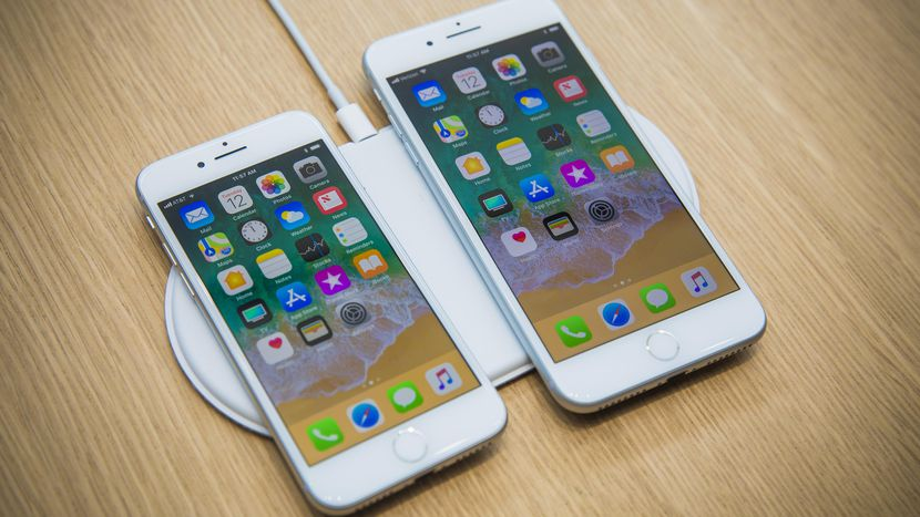 apple-091217-iphone-8-3868.jpg (830Ã467)