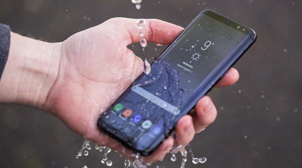 Samsung Galaxy S21+ 5G - Điện thoại chống nước, chống va đập tốt nhất