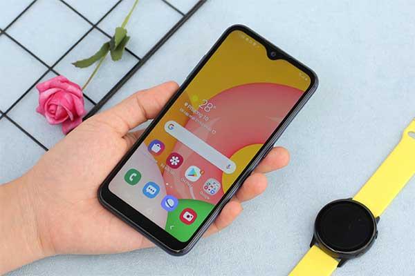 Giới thiệu một số điện thoại samsung giá từ 3 đến 4 triệu